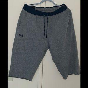 Underarmour fleece shorts (large)